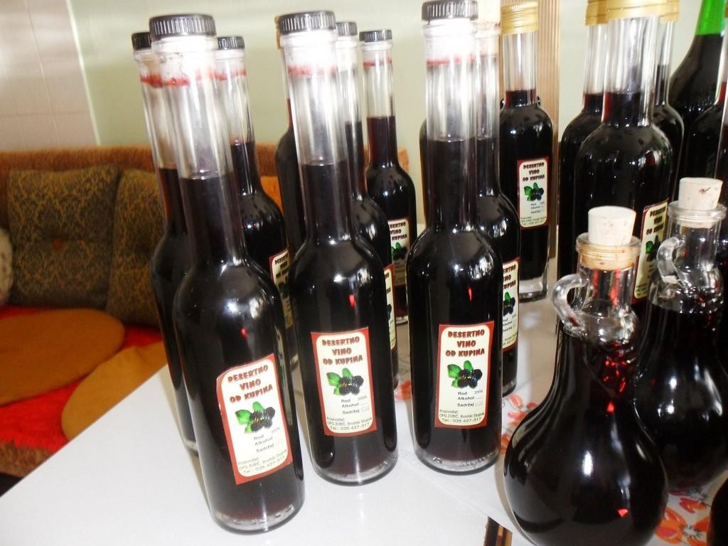 Desertno vino od kupina obitelji Zubić iz Brodskog Stupnika