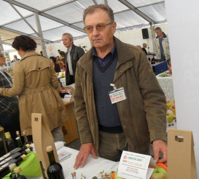 Ivan Zubić proizvođač kupinovog vina