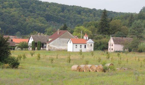 Obnova zgrade škole i stana u eko selu 'Lovčić'