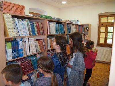 Obavijest o radnom vremenu knjižnice