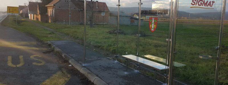 U Starom Slatiniku izgrađena nadstrešnica na autobusnom stajalištu